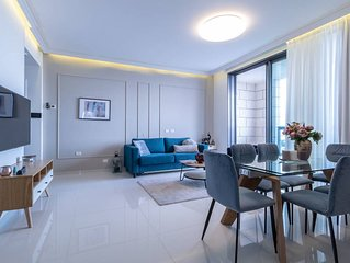 Magical 2BR/Parking with amazing view, city center