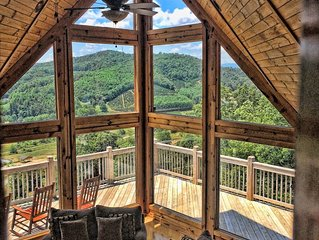 5BR Amazing Views 8 person Hot Tub Gated Community Close to New River & Parkway