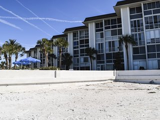 ON THE BEACH! 2bed/2bath Condo GULFVIEW, 2nd floor, on southern end!