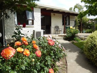 Peaceful cottage in the heart of Alexandra