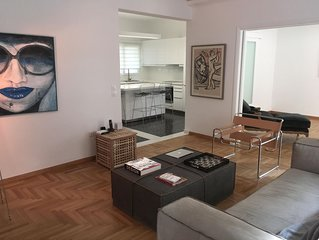 130m Spacious Luxury Apartment Centrally Located