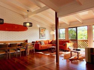 HUGE Beach House, Byron Shire.  Ocean views, 2 mins walk to beach.
