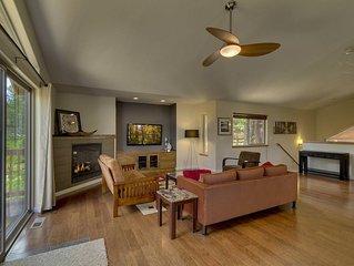 2-Story Home w/ Cozy Fireplace, Balcony, Backyard, WiFi, 9 min drive to Heavenly