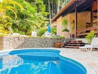 Linda Mansao na Praia Vermelha do Sul (Arquitetos) 5 suites Piscina Ar Ubatuba