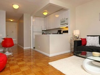 Irving Place! Prime location 1 Bed Elevator Doorman! 5152