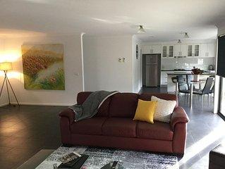 AJ's Home. Modern, open plan & quiet location.