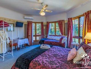 Grand Deluxe Room -  Boutique Lodge in the Heart of Mt Tamborine