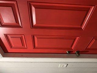 NEW RED DOOR CASITA- Private and quiet.