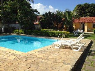 Casa Mobiliada ótimas instalações piscina jardins churrasqueira praia ar condic