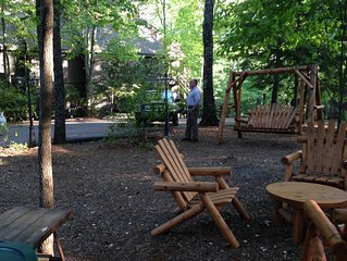 LEVEL, LEVEL, LEVEL is what Little 'COUPLES' Retreat  At Big Canoe is!
