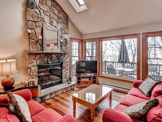 Tannersville Townhouse - 2 Mins to Camelback Mtn!