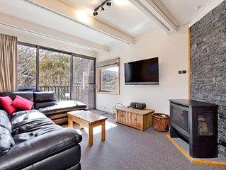 Three Story Apartment - Warrina 7