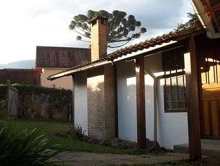 Casa Rua Principal 4 quartos Maringa RJ Visconde de Maua proximo Piscina Natural