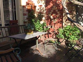 Spacious Cottage, Nice Patio Garden, Prime Position In Richmond