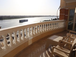 Luxurious and Panoramic Nile view.