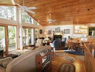 Dancing Wolves Lodge--Luxury mountain views with fireplace, decks & hot tub.