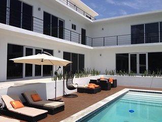 Luxury Villa Overlooking the Caribbean Sea