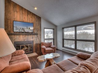 Perfectly located right on shuttle route to Beaver Creek & Vail Resort, Half mil