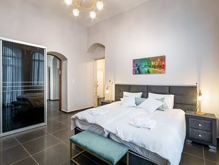 Agron 2BR-Apartment-Luxury-Private Bathroom-Balcony
