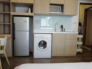 Modern Studio Apartment near to Beauty World MRT Station