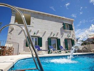 Deluxe Villa 'Serena'