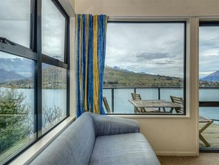 Great views across Frankton Arm to the Remarkables