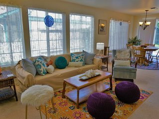 Peaceful, In-Town, 2 Bedroom Retreat. Perfect Place To Refresh Body and Soul.