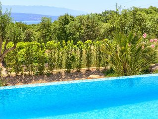 Villa Silente, 5 star, heated pool and wellness