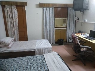 BEST INTERACTIVE HOMESTAY,CITY CENTRE,CHANDIGARH,INDIA,B&B