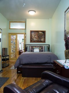 Beautiful One Bedroom Apartment in Classic Brownstone in Harlem, New York City