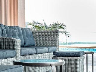 Lush Apartment Ocean View