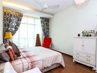 Lux & Cozy 235B * Saville Residence