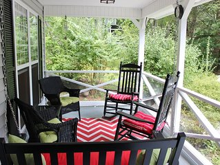 Campbell Cottage: Cozy Montreat House for Couples, Families or Small Groups