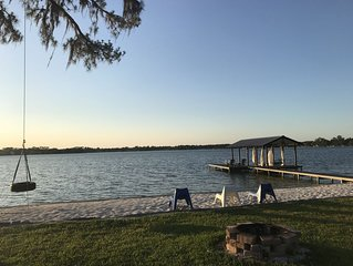 Cozy Lake House near all Orlando attractions