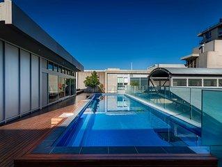 2 Bed Heritage Apartment Close to Melbourne CBD