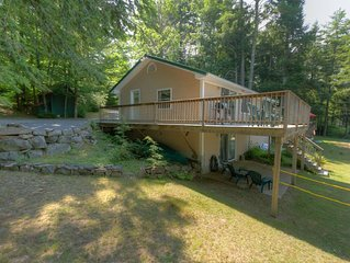 Coffee Pond- Quiet 3BR, 2BA Shorefront Home, Sleeps 8.