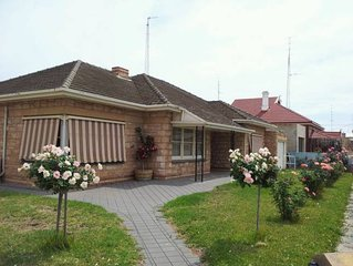 Clara Rose House for holiday at wallaroo