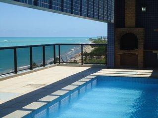 Apartamento de dois quartos a beira-Mar de Pajucara - Com WI-FI
