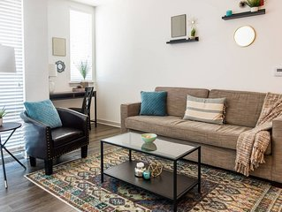 CONTEMPORARY 1BR APT IN POPULAR MASS AVE DISTRICT