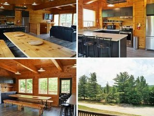 6 Bed Blue Mountain Chalet with Hot Tub Sleeps 16