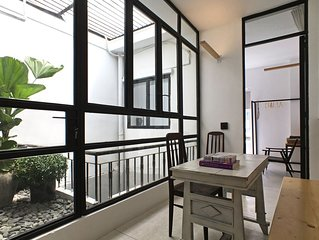 NO COMPROMISE STYLISH APARTMENT