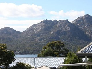 Peakview Cottage - actually in Coles Bay!