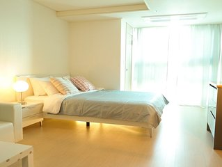 Myeong-dong Studio #8 [NEW LISTING]