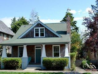 Grandma Dorothys Cottage: 3 BR / 2 BA seabrook in Pacific Beach, Sleeps 8