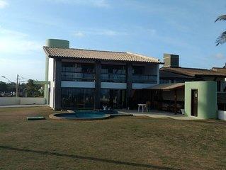 Excelente 5 suites com piscina a beira mar