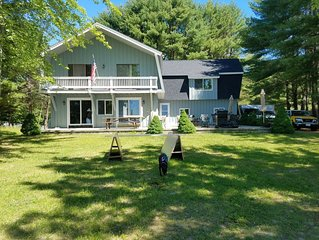 Sebago Lake Waterfront with Sandy Beach - Sleeps 12