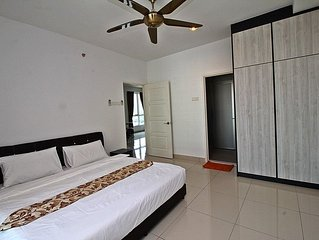 XI) New 2 Rooms Suite In George Town