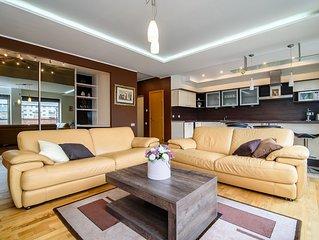 The BEST CENTRAL LOCATION in Vilnius!! 70m2 elegant apartment