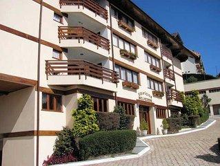 Apartamento com muito conforto, vista deslumbrante - 4 suites