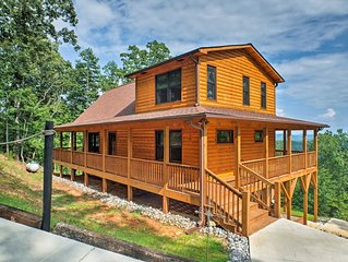 NEW! Spacious Murphy Cabin w/Decks & Wooded Views!